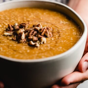 Slow Cooker Pumpkin Pie Oatmeal in a bowl.