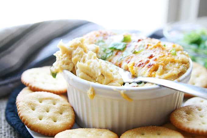 Crab Meat Au Gratin with crackers