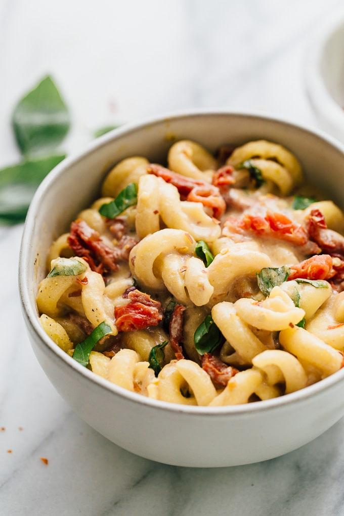 Creamy Sun Dried Tomato & Basil Pasta in a bowl