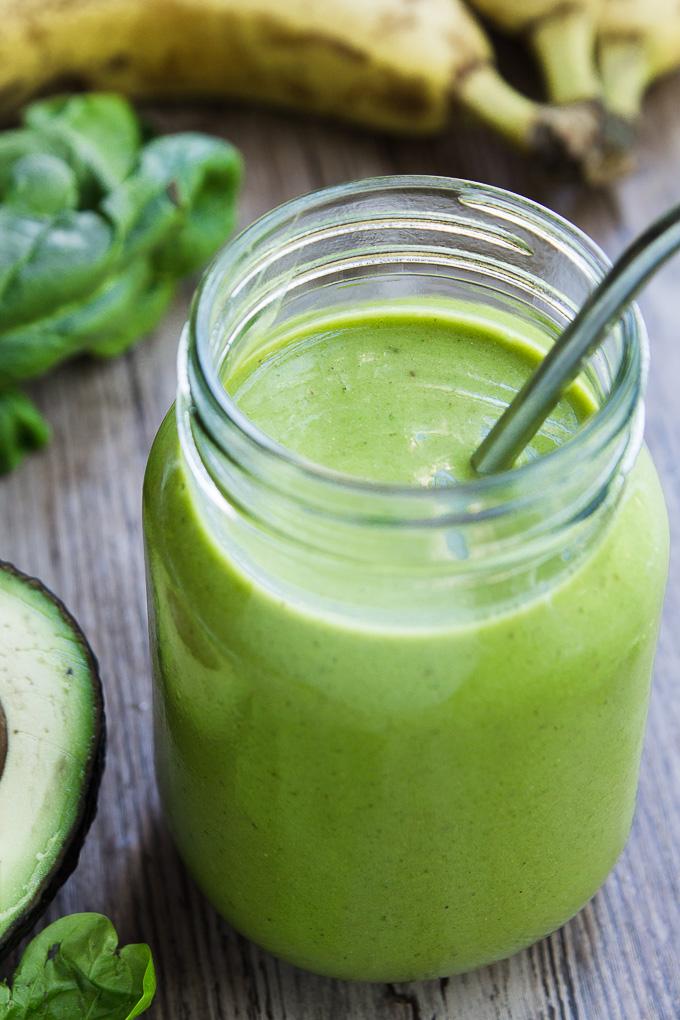green smoothie in a mason jar