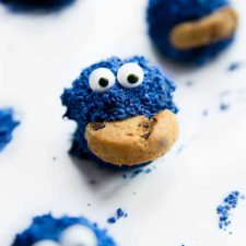 Cookie Monster Oreo Balls