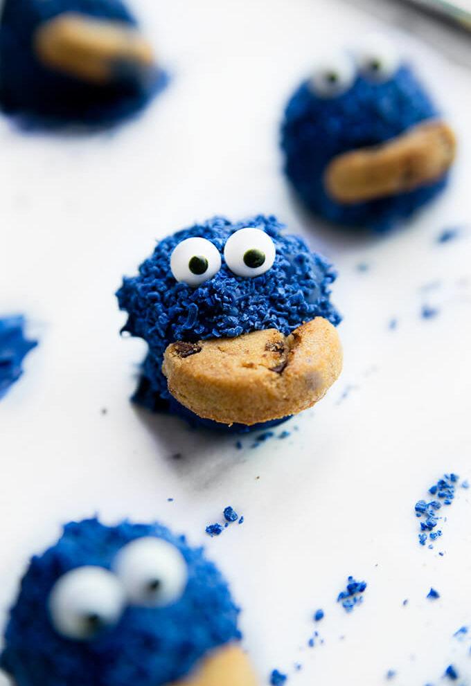 Cookie Monster Oreo Balls