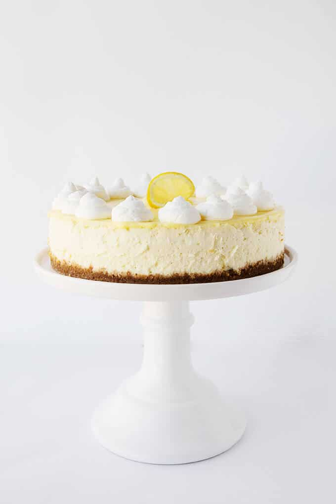Lemon Cheesecake with Lemon Curd with homemade whipped cream
