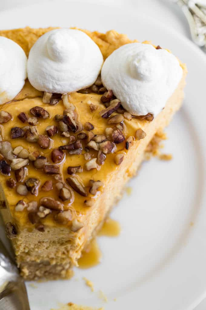 No Bake Pumpkin Cheesecake is the perfect thing to make for the holidays! So elegant ... no baking involved! Free up you oven space!