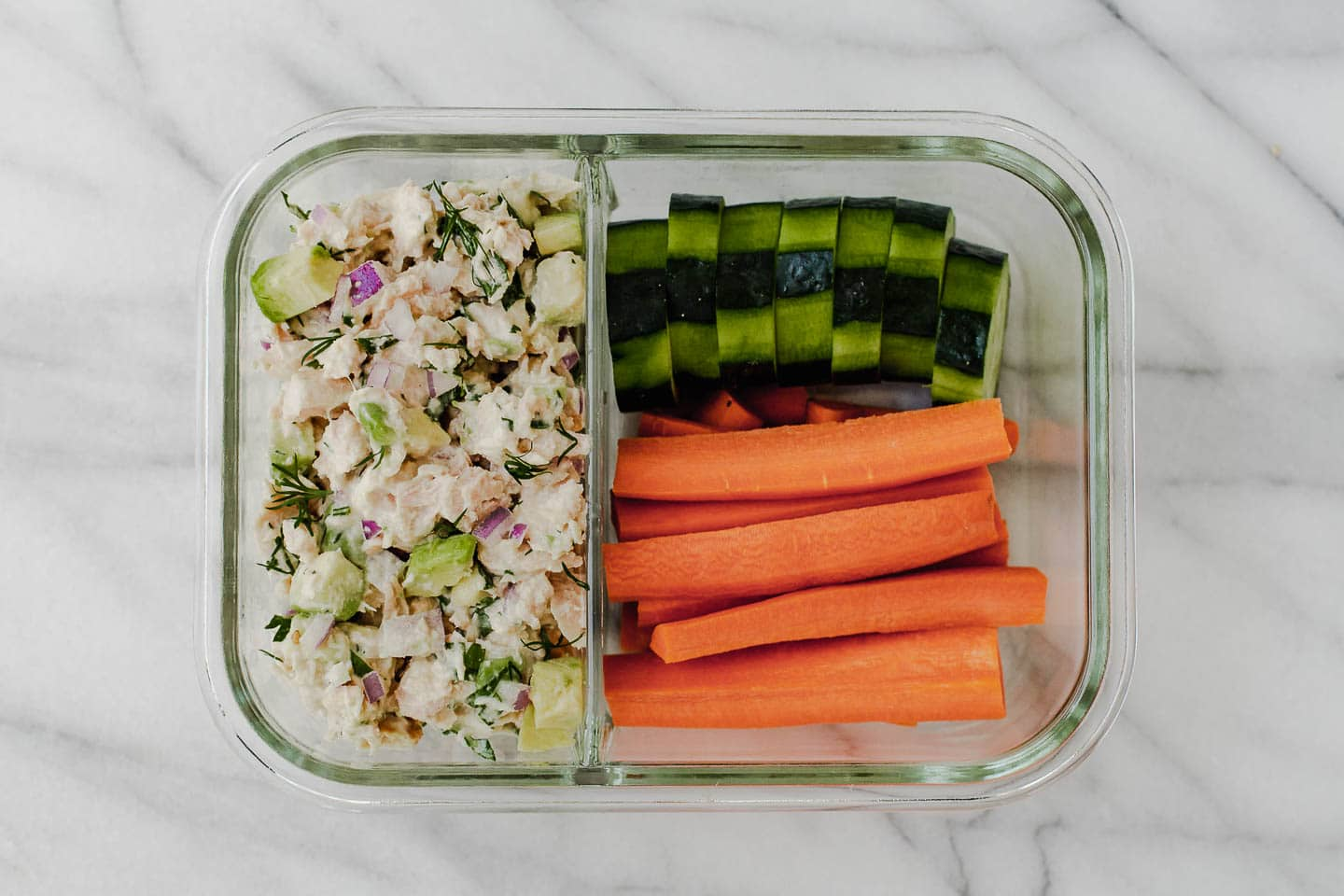 Tuna Salad is perfect for meal prepping healthy lunches! #tunasalad #mealprep #tuna