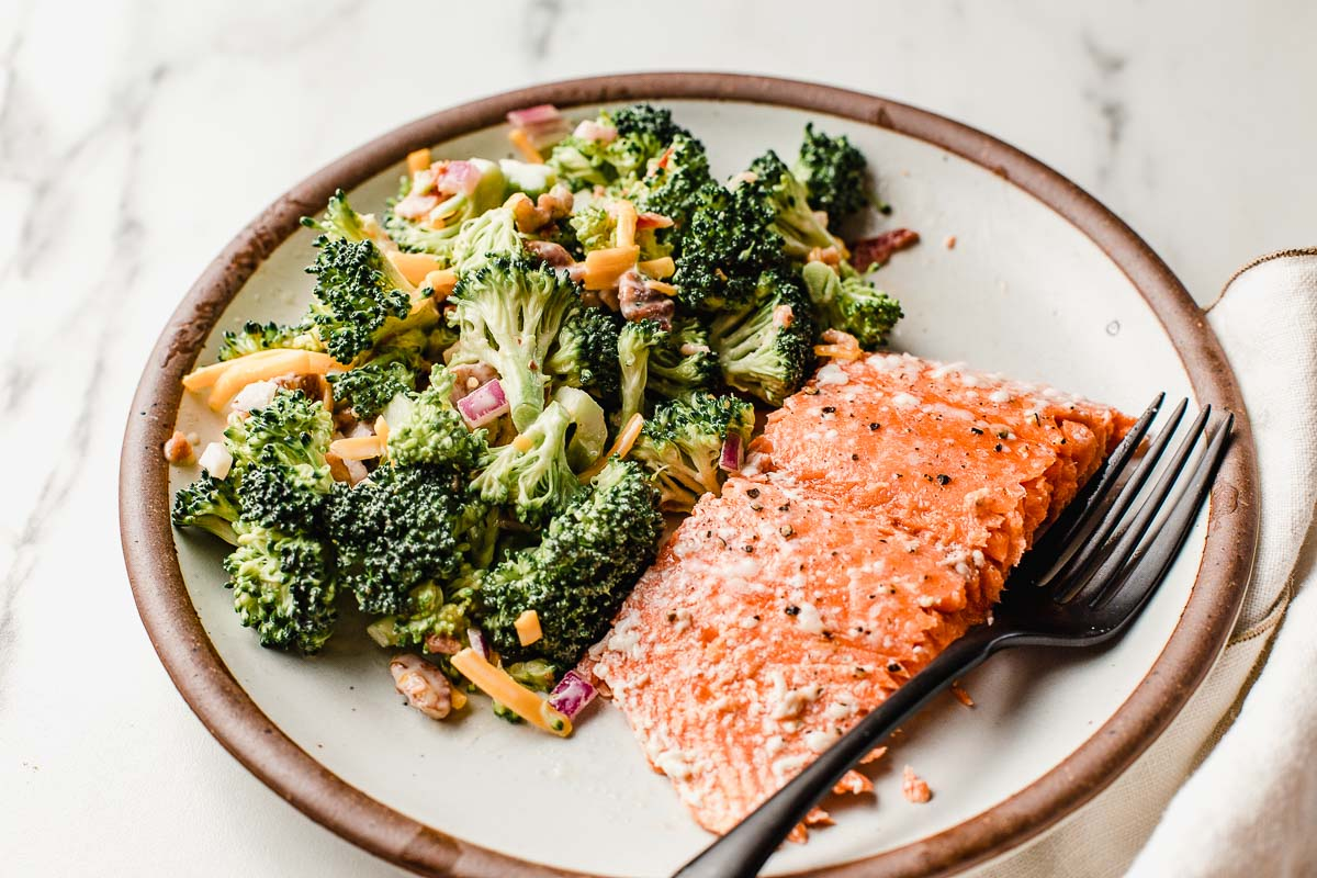 Baked salmon on a plate.